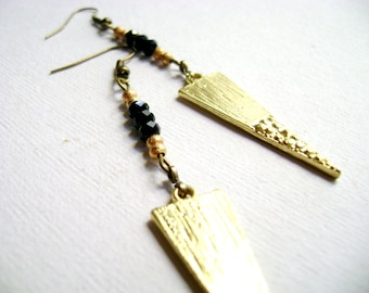 Urban trendy tribal geometric style - Point of view - long SPIKE tribal triangle and black crystals earrings