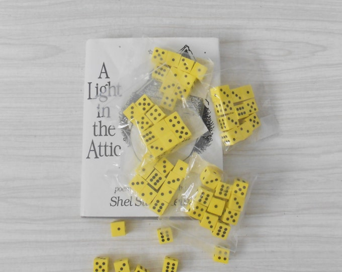 vintage set of 10 yellow styrofoam dice / math die / dots / educational / homeschool learning / crafts