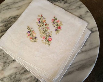 Lovely Printed 50's Embroidered Handkerchief Linen Bright Flowers Delicate  14 x 14 - Free Shipping!