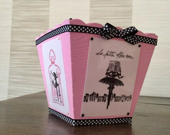 Small dish or planter for the little black dress