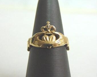 Vintage Estate 14k Gold Irish Claddagh Ring 3.3g #E1225