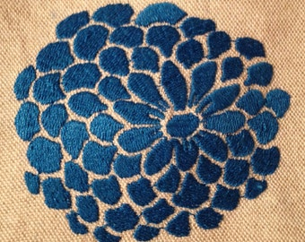 Modern Zinnia Machine Embroidery Design in Two Sizes and as a Patch.  Elegant abstract flower machine embroidery design