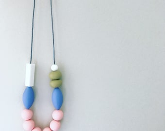 Miss Daisy - Silicone necklace