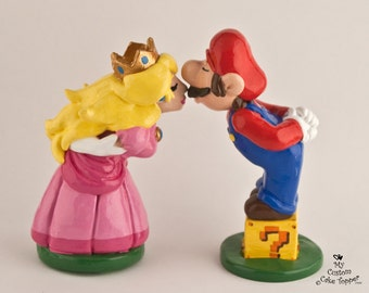 Mario and Peach Cake Topper - Gaming Bride and Groom Wedding Cake Topper