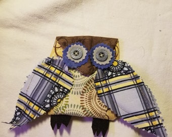 Small give as hoot owl