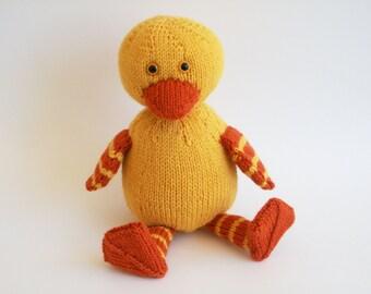 Duckie PDF Knitting Pattern