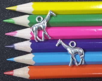 10 PCS - Giraffe Safari Animal Silver Charm Pendant C1148
