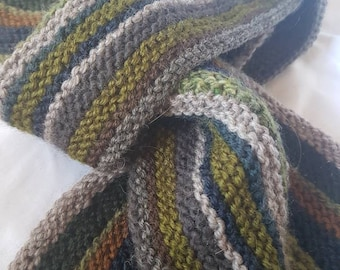 Narrow striped woollen scarf