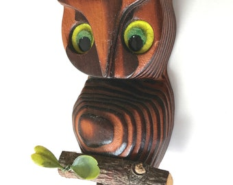Vintage hand carved wood owl on branch yellow or green eyes carving ribbed 6.5""