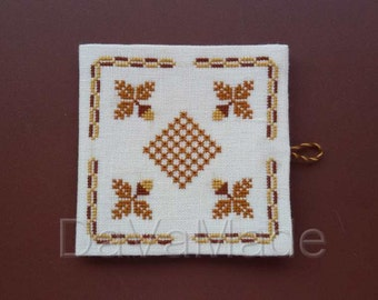 Acorn themed needlebook cross-stitch pattern