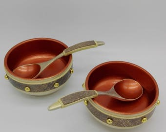 "Set of 2 soup bowls and 2 spoons ""meal at the castle of Trelleborg"" Zestaw 2 Misek zupy I 2 Łyżek set with 2 bowls and 2 cups"