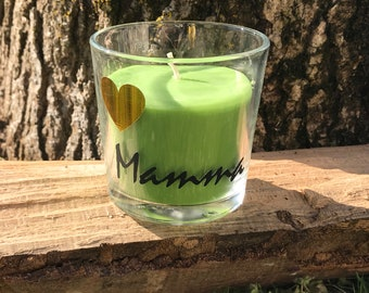 Scented candle with writing I love Mom