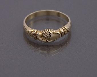 L'anneau de fede 9ct l'or