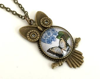 Owl and Butterfly Necklace  - Vintage style -  Owl necklace - Antique  Bronze pendant - Gift for women - Butterfly Pendant