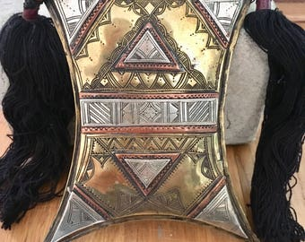 Large Tuareg Tscherot Amulet with Tifinagh signs at the back