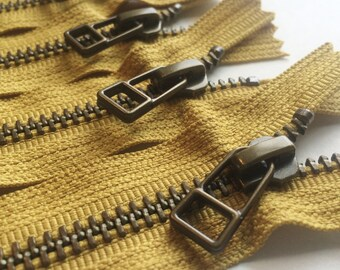 YKK metal zippers -antique brass finish -DHR wire style pull- (5) pieces - Monster Snot Green Gold 828- Available in 9,10,14 and 18 Inch