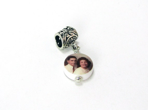 Round Mini Photo Charm - Custom Jewelry - C8f