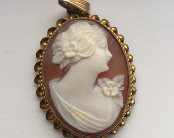 G F 1920's Carved Pink Cameo Pendant