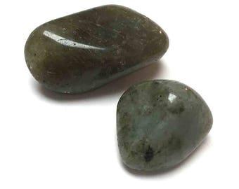 Tumbled Labradorite. Silver Grey Green. Reiki Stone. Gemstone. Undrilled. Wire Wrapping Stone. Matrix Stone. 21mm - 35mm. One (1)