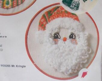 Vintage BERNAT Christmas Kit Holiday Hoops Mr Kringle Stitchery Kit