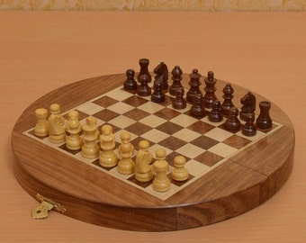 Traveling folding Round Magnetic 8-3/4 inch Diameter Chess Set from India. SKU: M0007
