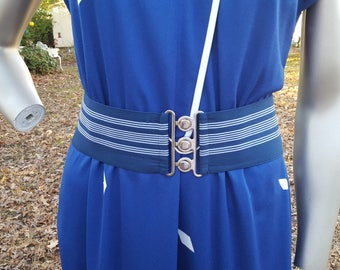Womens Belt, 80s Belt, Striped Belt, Wide Belt, Stretch Belt, Navy Belt, Interlocking Belt, 80s Costume, Vintage Costume, Navy and White