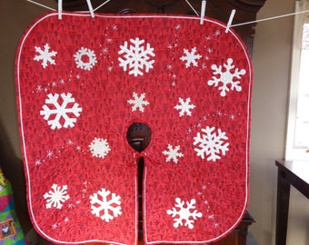 Red Tree skirt, Snowflakes quilted tree skirt 1215-01