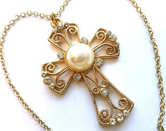 RHINESTONES & PEARL Goldtone Cross, Faux Cultured Pearl Vintage Cross, Pearl and Rhinestone Cross Necklace, Fancy Gold Cross and Chain