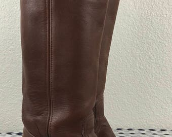 """Vintage Classic 17"""" Tall Frye Brown Leather Campus Riding Boots sz 7 B"""