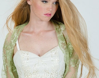 Wedding bolero in moss green. Lace cover up you can wear in 4 ways- shawl , crisscross , shrug and scarf. Colorful wedding shrug (DL124)