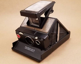 Polaroid SX-70 Land Camera Model 3 *FREE SHIPPING*