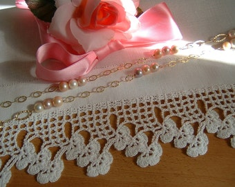 Lace for crochet border with finishing flowers. White cotton lace. Romantic Crochet House. Shabby chic. To order.