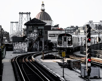 M Train R160 Subway Car | Marcy Ave Subway Station & Williamsburg Bridge - Brooklyn/New York City (Wall Art Prints)