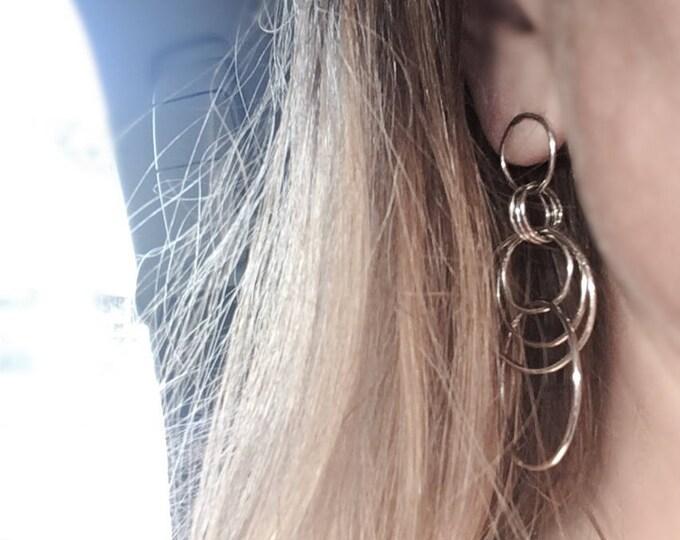 Dangeling Circles Earrings