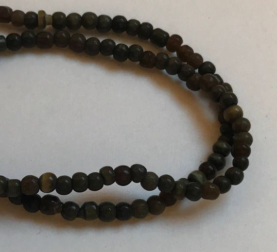 "1 Strand of Glass Beads, 15"", about 105 Pieces, Dark Green, Cat's Eye, Treated Glass, Tiny Size, 3mm, Round Shape, G2"