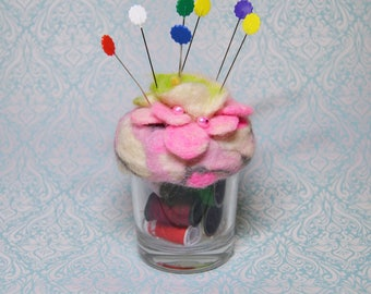 Pincushion with felted lid