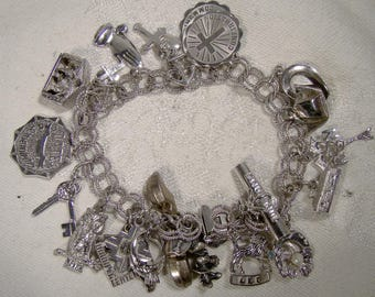 Double Textured Links Sterling Silver Charm Bracelet with 22 Charms 1970s