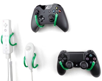 Wall Clip - Xbox, PlayStation, Wii, and Retro Game Controller Organizer - 4 Pack, Green