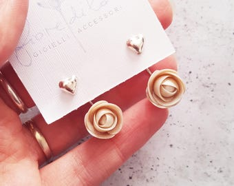 Pearl elegant Earrings with roses and ear jacket