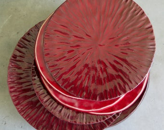 Ceramic plates, food props, various patterns, red glazed
