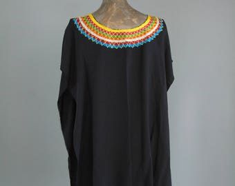 Mexican Embroidered Tunic. Embroidered Mexican Huipil. Mexican Top. Mexican Blouse