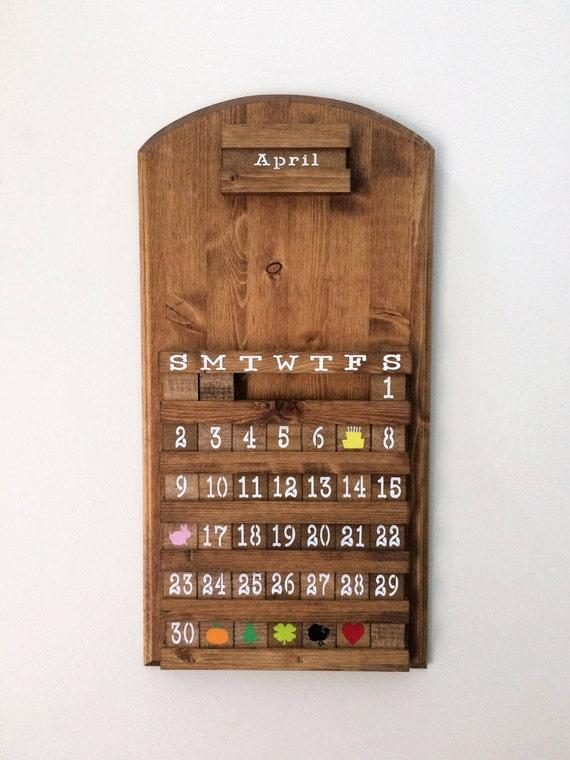 blanc calendrier perp tuel en bois calendrier en bois art. Black Bedroom Furniture Sets. Home Design Ideas
