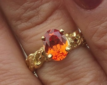 Vintage 14k Yellow Gold ORANGE TOPAZ Artistic Ring