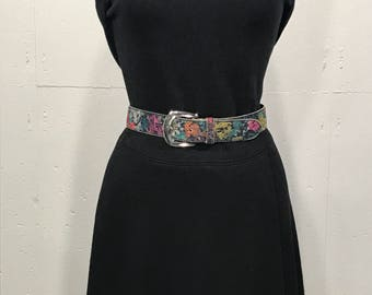 80s metallic floral print tacky belt small/medium leather silver buckle boho retro Absolutely Fresh Belt