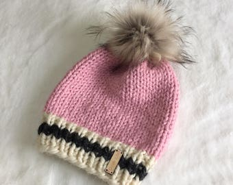 Chunky Knit Beanie Toque With Faux Fur Pom