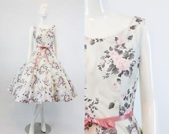 50s Polished Cotton Dress XS / 1950s Vintage Rose Print Dress / Fancy a Cuppa Dress