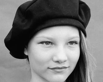 Black ZUT beret, Black French beret, Warm black beret, Classic French beret, French winter beret, womens black beret, gaberdine beret