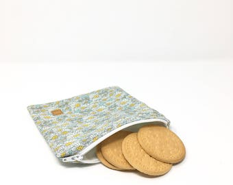 Mom gift Gifts for women Gift for her Girlfriend gift Zero waste Eco friendly Reusable lunch bag Snack bag Sandwich bag Coworker gift