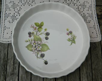 Vintage English Ironstone Flan Quiche Pie Dish with Blackberries Flowers Bramble Design