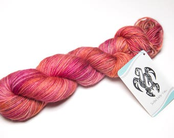 Kharma's Kiss (4-ply DK Weight 100% Superwash Merino Yarn)